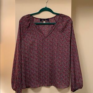 Francesca's ladies top size M
